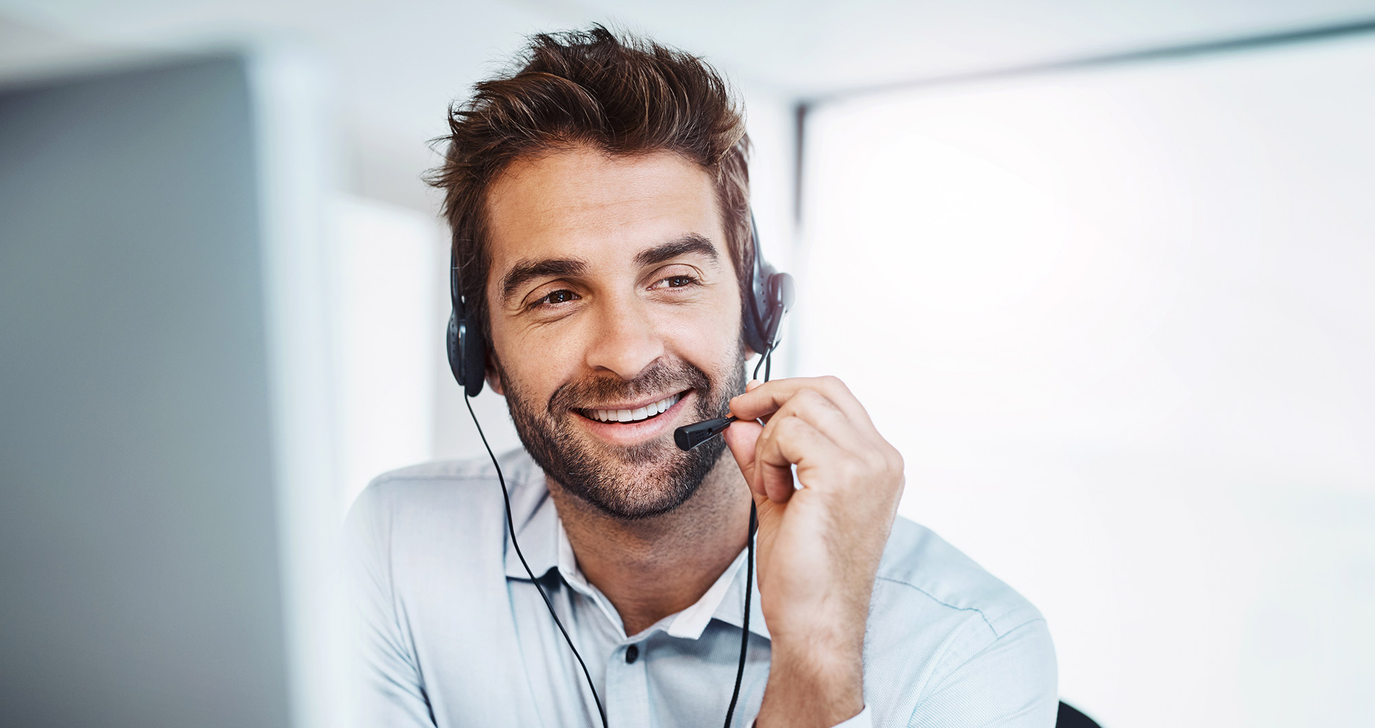 Operator Call Center Slider 1